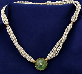 FANTASTIC 38.0 CT CARVED MOGHUL EMERALD DIAMOND & PEARL VINTAGE ONE OFF NECKLACE!