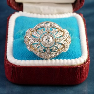 AN EDWARDIAN HIGHLY DISTINCTIVE  DIAMOND RING TOP END QUALITY!