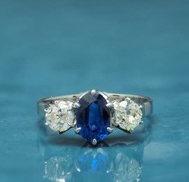A LATE ART DECO 1.60 CT NATURAL NO HEAT SAPPHIRE .80 CT G VVS OLD CUT DIAMOND TRILOGY RING!