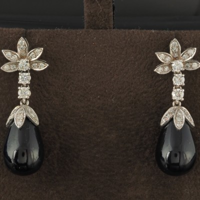 STUNNING 1950 BLACK ONYX AND DIAMOND RARE DROP EARRINGS!