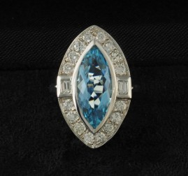 SPECTACULAR 3.90 CT NATURAL AQUAMARINE 1.0 CT PLUS DIAMOND EXQUISITE VINTAGE RING!