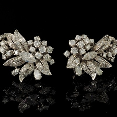 SPECTACULAR 5.0 FULL CT DIAMOND FLOWER HEAD VINTAGE EARRINGS!