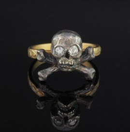 LATE VICTORIAN AMAZING DIAMOND SKULL MEMENTO MORI RING!