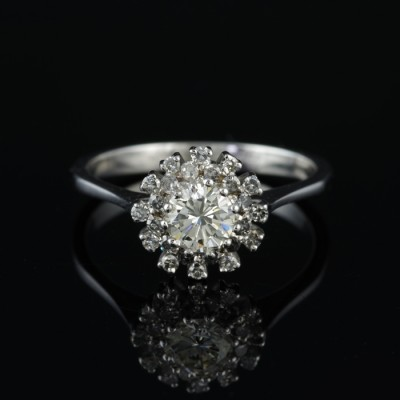 SENSATIONAL G VVS BRILLIANT CUT DIAMOND SOLITAIRE VINTAGE DAISY RING OUT FROM 60'S!