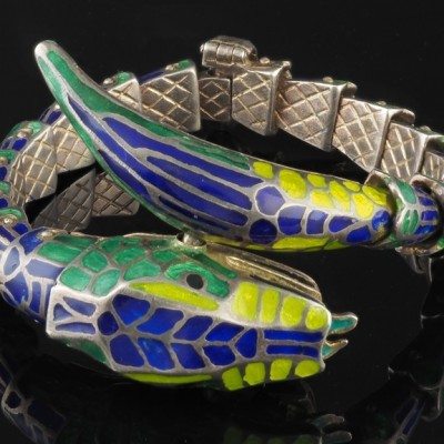 A TERRIFIC LATE ART DECO ENAMELLED SILVER RARE SNAKE BANGLE 1935!