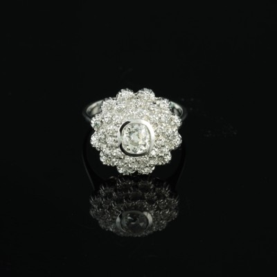 DELIGHTFUL ART DECO .95 CT G VS DIAMOND CLUSTER RING 1935 CA!