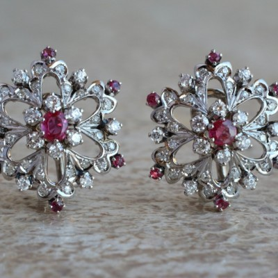 EXCELLENT RUBY & DIAMOND FLOWER INSPIRED GLAMOROUS 50'S EARRINGS