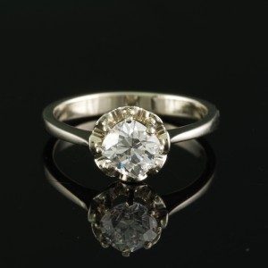 A CHARMING ART DECO 1.10 CT CUSHION DIAMOND SOLITAIRE RING 1930 CA!