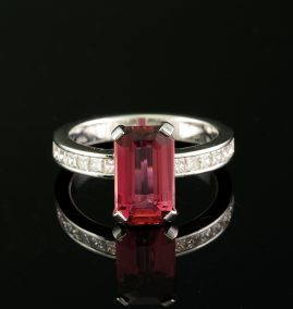 EXQUISITE 3.08 CT EMERALD CUT PINK TOURMALINE & 1.0 CT G VVS PRINCESS DIAMOND RING!