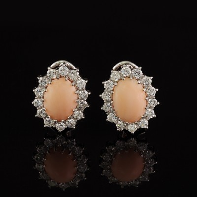GLAMOROUS NATURAL ANGEL SKIN CORAL 2.0 CT DIAMONDS VINTAGE EARRINGS- WOW!