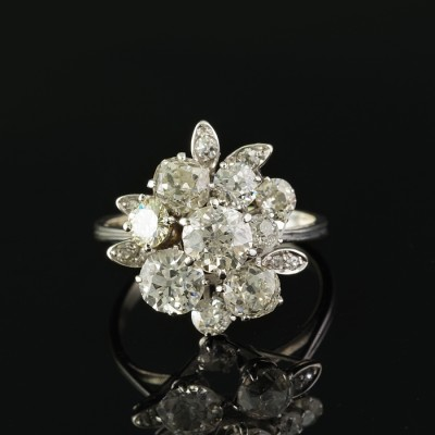 SPECTACULAR LATE ART DECO 2.90 CT OLD CUSHION CUT DIAMOND RARE FLOWER RING!