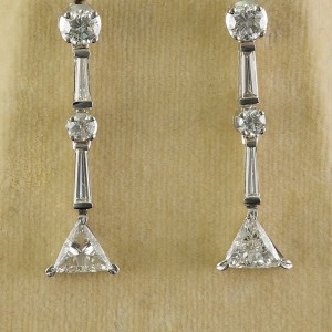 EXCEPTIONAL 2.80CT FANCY DIAMOND VINTAGE DROP EARRINGS