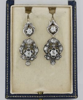 MAGNIFICENT EARLY VICTORIAN 4.10 CT DIAMOND AUTHENTIC 1840 CA DROP EARRINGS!