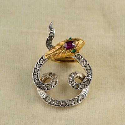 A FRENCH MARKS RARE VICTORIAN RUBY & DIAMOND 1880 CA SCARF CLIP