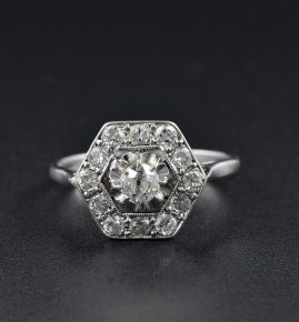 A TERRIFIC ART DECO 1.10 CT DIAMOND HEXAGONAL 1920 RING!