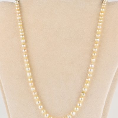 RARE EDWARDIAN NATURAL BASRA PEARL SINGLE STRAND WITH ORIGINAL CLASP!