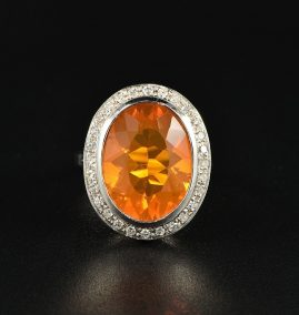 AN IMPRESSIVE 8.00 CT NATURAL FIRE OPAL DIAMOND VINTAGE CLUSTER RING!