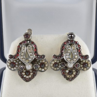 AUTHENTIC GEORGIAN GARNET AND PEARL FLEUR DE LYS RARE EARRINGS!