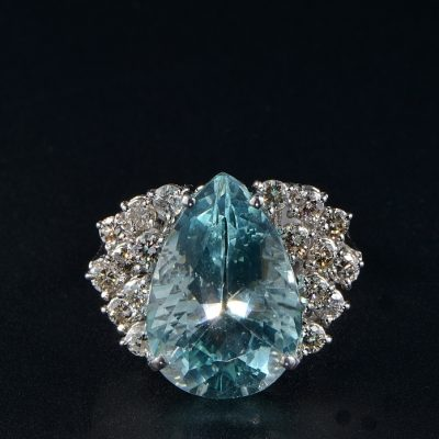 SUPERB VINTAGE 13.0 CT NATURAL AQUAMARINE 1.0 CT DIAMOND ONE OFF RING!