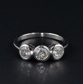 APPEALING 1.50 CT DIAMOND VINTAGE TRILOGY RING!