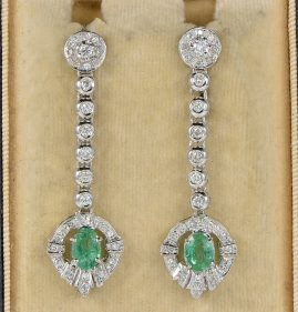 DELIGHTFUL 1.40 CT EMERALD .80 CT DIAMOND LONG DROP EARRINGS!
