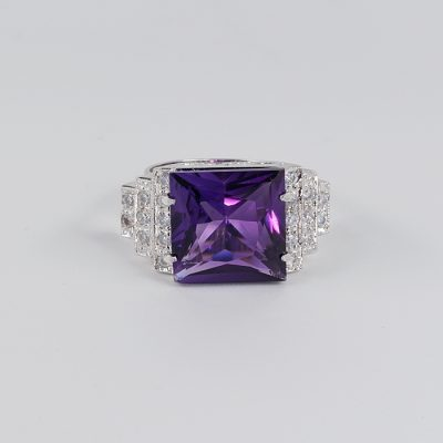 STUNNING ART DECO AMETHYST DIAMOND SIMULANT UNIQUE RING!