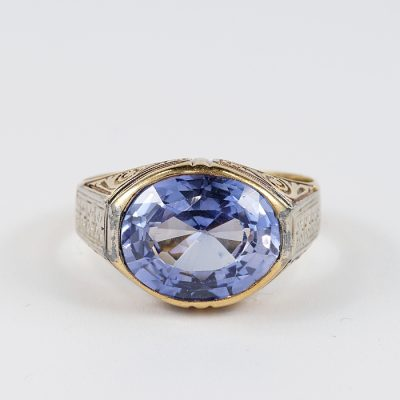 DISTINCTIVE EWARDIAN BLUE SAPPHIRE VERNEIL STONE SOLITAIRE RING!