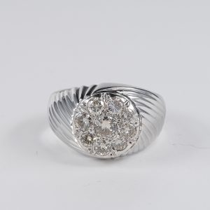 SPECTACULAR 1.45 CT FLAWLESS DIAMOND VINTAGE GENT SIGNET RING!