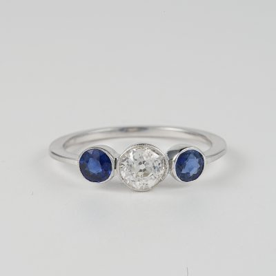 ART DECO .65 CT OLD MINE DIAMOND .50 CT BURMA SAPPHIRE TRILOGY RING!