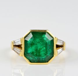 SUPERB 6.10 CT EMERALD . 40 CT DIAMOND VINTAGE SOLITAIRE RING!