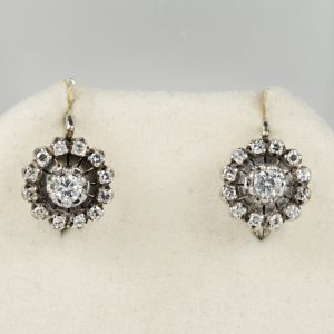 CHARMING .60 CT DIAMOND VINTAGE FLORET EARRINGS IN 18 KT!
