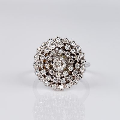 STUNNING  VINTAGE 1950  DIAMOND CLUSTER COCKTAIL RING