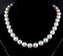 AN IMPORTANT AUSTRALIAN SOUTH SEA PEARL NECKLACE