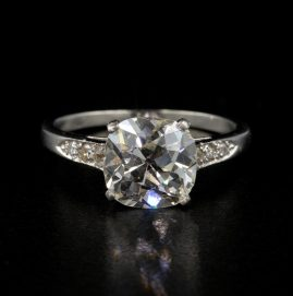 Stunning Art Deco 3.0 Carat Plus Cushion Old Mine Cut Diamond Platinum ring