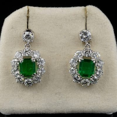Spectacular Vintage 2.00 Ct Emerald 4.50 Ct Diamond Platinum Earrings