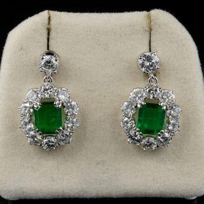 Spectacular Vintage 2.00 Ct Emerald 4.50 Ct Diamond Platinum Earrings