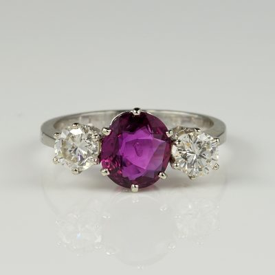 Perfect Vintage 1.90 Ct Natural Ruby 1.04 Ct Diamond Trilogy ring