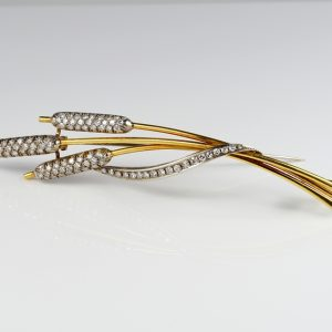 Magnificent Late Deco Marsh Reed Design 2.04 Ct Diamond Wide Brooch