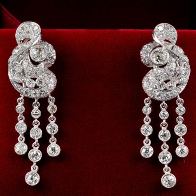 Spectacular Art Deco 7.00 Ct diamond platinum earrings