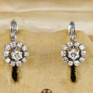 Superb .90 Ct G VVS Old Diamond Daisy Cluster Earrings
