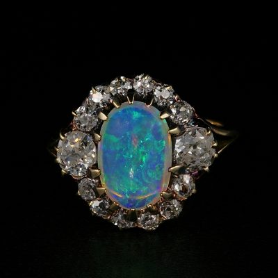 Magnificent Victorian Natural Opal 1.80 Ct Old Mine Diamond Ring