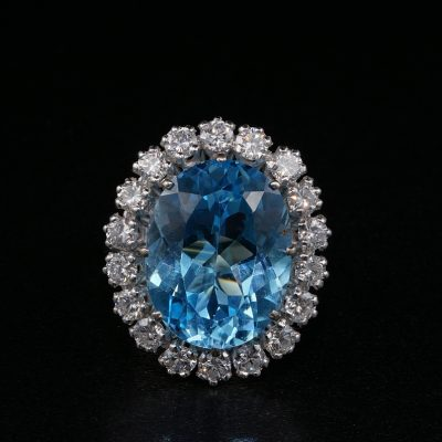 Spectacular French 12.0 Carat Natural Topaz 1.50 Carat Diamond Platinum Ring