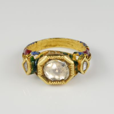 Victorian 22 KT Gold Table Cut Diamond Solitaire Moghul ring