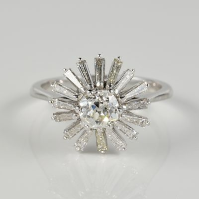 Spectacular Vintage 2.10 Ct Diamond Cocktail ring