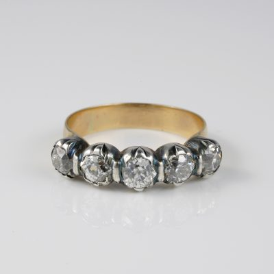 Outstanding Georgian 2.20 Ct Old Mine cut Diamond five stone ring