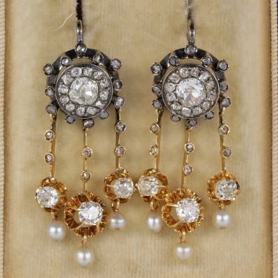 Magnificent Victorian 4.30 Ct Old Mine cut Diamonds Natural Pearls Rare earrings