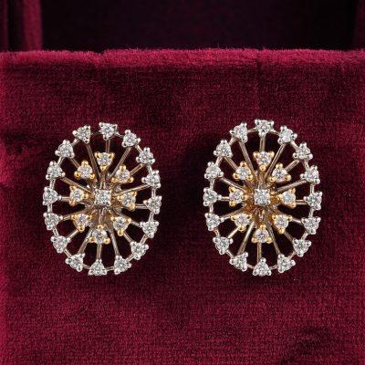 Enchanting Vintage Oval 1.50 Ct Diamond Earrings 18 KT gold