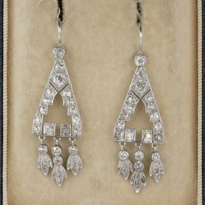 Spectacular Art Deco 2.0 Carat Diamond Rare Drop earrings