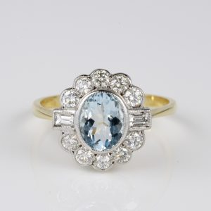 Spectacular Art Deco Aquamarine Diamond Classy Cluster ring