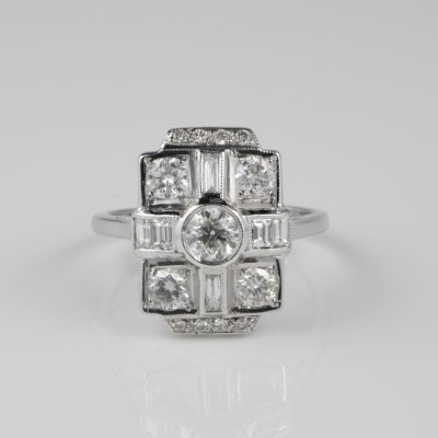 Spectacular Art Deco 1.60 Ct Diamond G VVS VS Dazzling Dinner Ring
